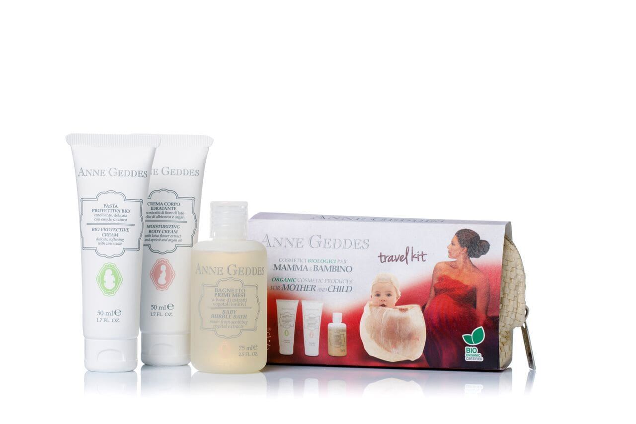 Anne Geddes Travel Kit BIO Κρέμα αλλαγής πάνας, 50ml & Ενυδατική & Αναπλαστική κρέμα σώματος, 50ml & Παιδικό Αφρόλουτρο, 75ml