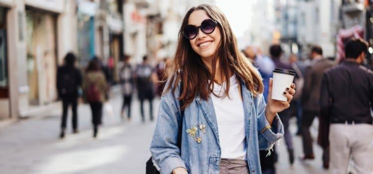Aqua urban: πώς θα προστατεύσεις το δέρμα σου από το καυσαέριο της πόλης