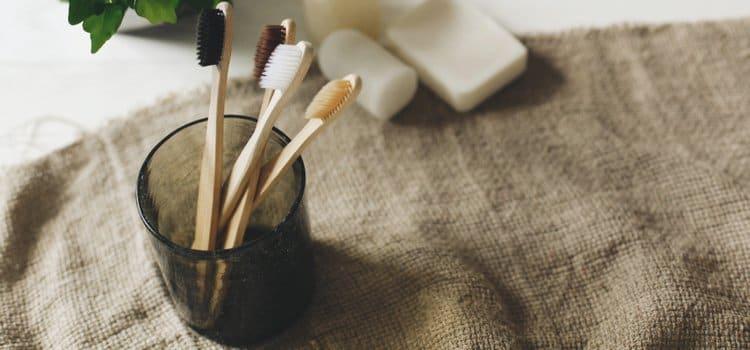 Γιατί πρέπει να αλλάζουμε την οδοντόβουρτσα κάθε 3 μήνες