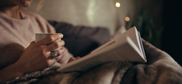 12 tips για να αποκοιμηθείς γρηγορότερα