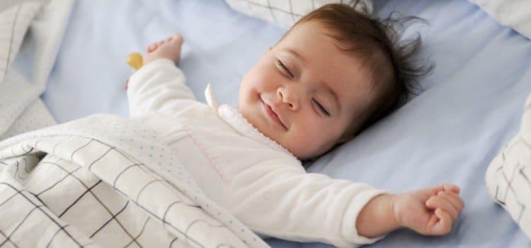 Κάνε το βραδινό ύπνο του μωρό σου παιχνιδάκι  607d07ba5ca