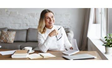 Εμμηνόπαυση: Γιατί μπορεί να αυξηθεί το βάρος σου