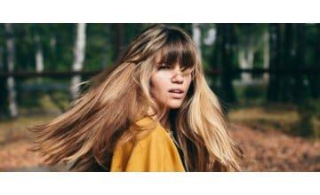 Βοήθησε τα μαλλιά σου να νικήσουν το φθινόπωρο