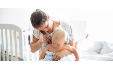 Πώς θα καθαρίσουμε τα αυτάκια του μωρού μας με ασφάλεια