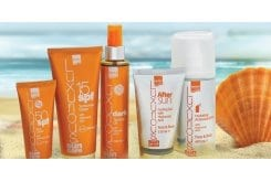 "Image of ""InterMed Luxurious Sun Care Set Medium Protection Pack, Pack sunscreen containing Sunscreen Cream Spf 15 200ml, Face Cream Spf 50 75ml, Dark Tanning Oil 200ml, After Sun Cooling Gel 150ml & Hydrating Antioxidant Mist 400ml"""